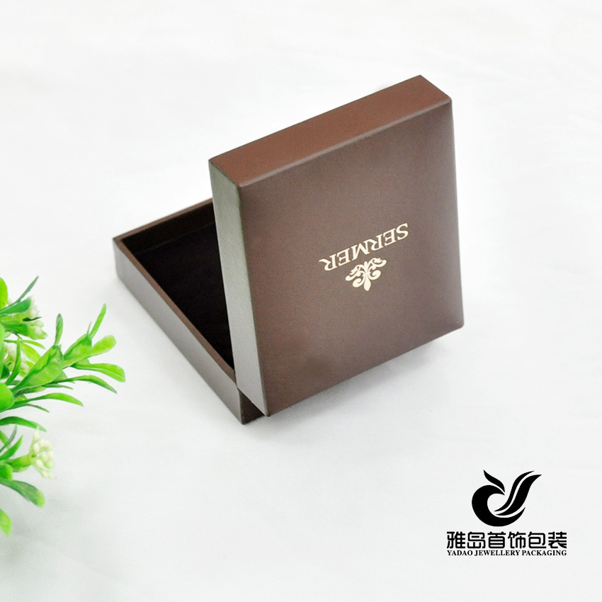 Jewelry box for ring custom made jewelry boxes ring for Custom made ring box