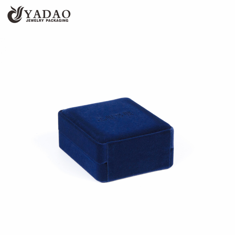 velvet pendant box blue