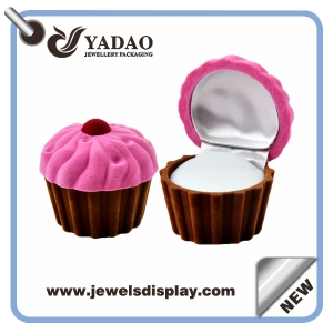 2015 Newest pink and coffee velvet jewelry RING DISPLAY BOXES for woman from China manufacturer