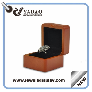 2017 New design spray lacquer retro wood  box for ring gift box