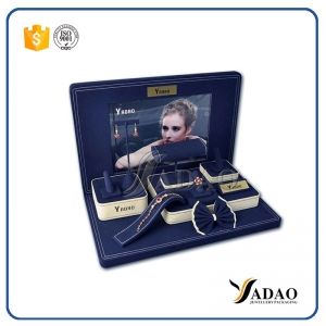 2017 fresh design in H.K international jewelry show hot-sale custom wholesale designable mdf+microfiber jewelry showcase