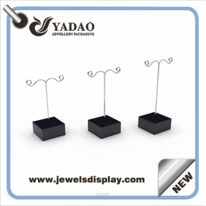 Acrylic Cute Customized Earring Display Stand Jewlery Display Stand Metal Earring Holder from china