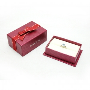 China Manufacturer jewelry custom free logo packaging ribbon tie design box exporter