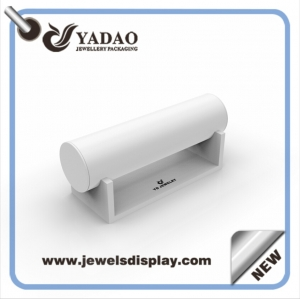 China factory MDF wrapped with white  PU leather jewelry displays for shop counter and window showcase and exhibitor bangle stand