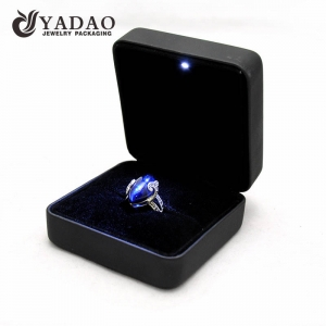 Chinese jewelry packing  manufacturer of Luxury metal and leather jewelry chests and boxes for jewellery packing and display with LED light  with sample for wholesale