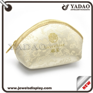 Chinese wholesale cheap small elegant silk jewelry pouch for jewelry packaging with zipper and beautiful pattern