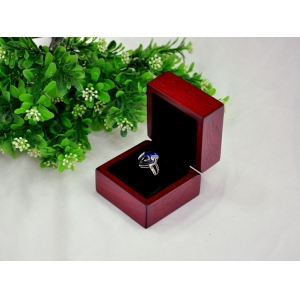 Classic Wooden Boxes Jewelry Display Box High Quality Jewelry Packaging Box Ring Display Showcase
