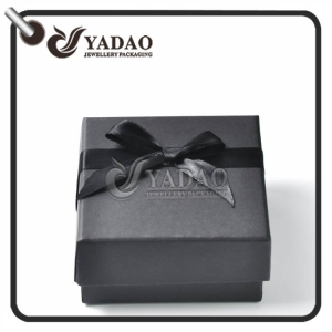 Classic design double use paper jewelry box with removable lid---can hold ring and necklace at the same time.