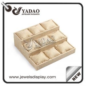 The standard tray is a 3-tier bracelet display tray made by Yadao with good quality and a reasonable factory price.