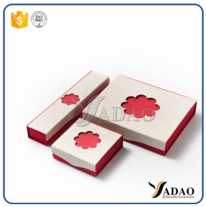 Cute custom handmade convenient small flower shape simple jewelry box of paper material in good quality