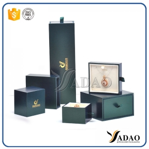 Elegant Factory price wholesale matt glossy wooden jewelry gift set package box include ring /bracelet/pendant/earring/chain box