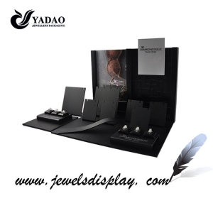 Fashion black acrylic jewelry display stands is you best choose made in China