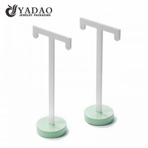Glegant and fresh earring display stand painted with glossy lacquer suitable for showing long earrings.
