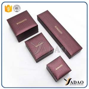 Good look moq wholesales top quality plastic leather jewelry box  with custom for ring necklace bangle brecelet watch