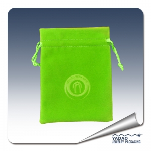 Good quality 2014 newest green velvet pouch for jewelry package with string and logo made in China