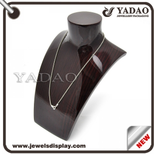 Gross wooden jewelry display bust for necklace made in China