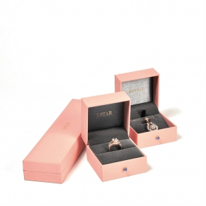 Hot-selling fashion- designed blush pink handmade customized plastic jewelry box sets for ring, earing,bangle, necklace and pendant