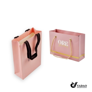 Hot selling fashion kind of jewelry shopping bag paper bag for jewelry with logo and drawstring made in China