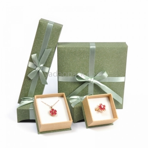 Lovely handmade bowknot light green paper box for jewelry packaging