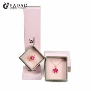 Luxury fashion pink jewelry box paper jewelry box seperated lid with logo printed