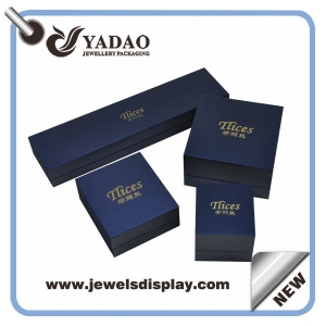 New Classical & Cheap Plastic Jewelry Boxes with hinges Jewelry Box Covered Leatherette paper Packaging Box Supplier