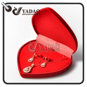 Nice and economical heart shape velvet jewelry set box for pendant ring and earring package with logo printing service.