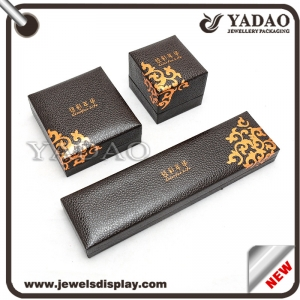 Plastic + PU Leather velvet insert jewelry box jewelry display with nacklace ring and pendant made in China