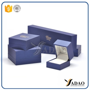 Sample free custom logo printed cardboard jewelry boxes, gift packaging, wholesale jewelry display quality.