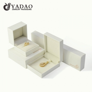 White jewelry pendant box design and customize jewelry packaging box with logo and colo