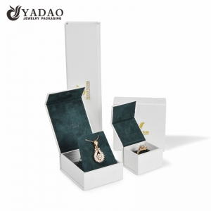Yadao top sale box with separated lid paper packaging box with green suede insert