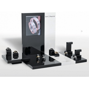 black glossy lacquer wooden jewelry displays window counter display fine jewelry showcase jewelry display