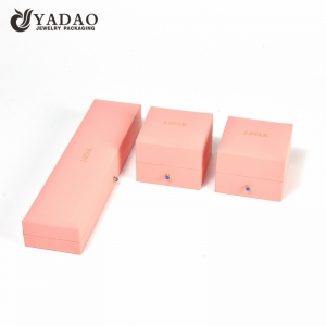 custom wholesale classy cute plastic jewelry gift box for ring/bracelet/necklace/earrings with factory price