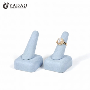 finger shape ring display