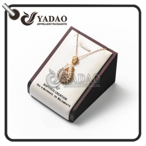 simple but luxury light foreign design customized single stands moq wholsale jewelry displays stands/pendant holder