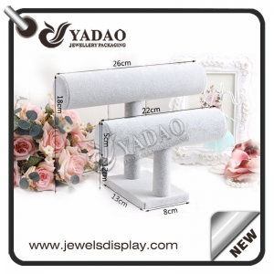 wholesale adorble window counter customize size color luxury soft material bracelet/watch displays stands/holder