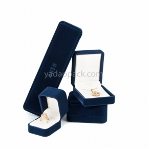 China Custom wholesale velvet fine jewelry packaging ring/bangle/pendant/bracelet boxes with debossed logo factory