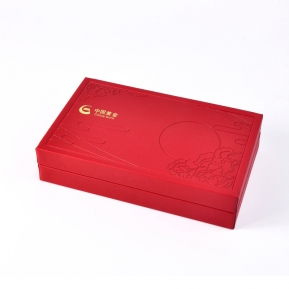 Čína China red festive new year style hot stamping logo custom jewelry gift packaging wooden box továrna