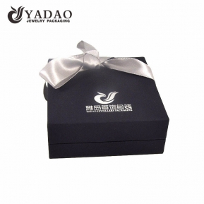 China Chinese manufacturer luxury custom logo printed velvet jewelry boxes ,plastic jewelry chests ,jewelry packing cases for ring ,necklace ,bracelet ,earring set wholesale factory