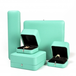 China Custom Bright Green Round Corner Hot Sale Button Plastic Jewelry Boxes Storage factory
