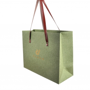 China Personalized paper shopping bag for jewelry or gift packaging with leather handle factory