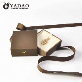 China Customize high quality jewelry packaging box paper drawer pendant box gift packing box with ribbon tie factory