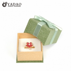 China Design and custom jewelry green paper ring packaging box with sponge pad insert from China manufacture factory