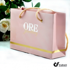 China Factory price Pink jewelry shopping bag with gold foil logo and golden color handle China manufacturer factory
