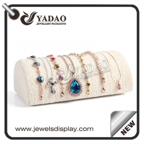 China Fashion customized and free design linen jewelry bangle display stand made in China factory