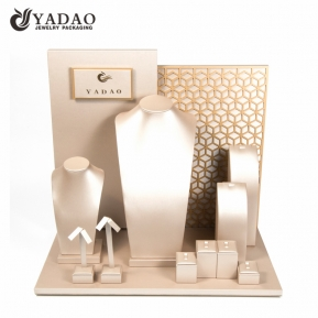 China Fashionable design portable jewelry display cases for counter and trade show factory