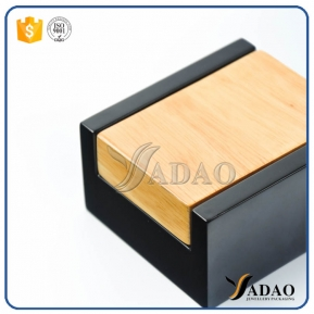 China Glossy  matt handmade wooden jewelry box with free logo printing and soft velvet insert suitable for earring and gem rings or other jewels factory