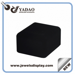 China Good quality velvet jewelery box, jewelry box sets, black earring box factory