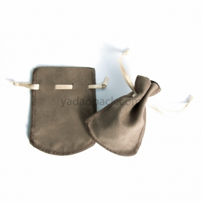 الصين مصنع Handmade soft touching velvet pouch with drawstring for jewelry packaging