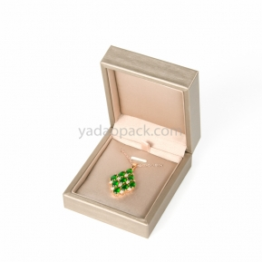 China High end handmade designable jewelry box pendant box accept customization factory