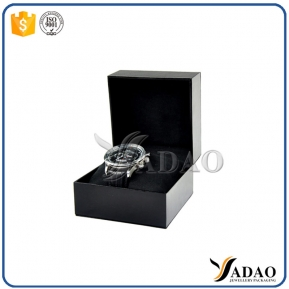 China High quality plastic watch bangle display box with pillow made in China factory